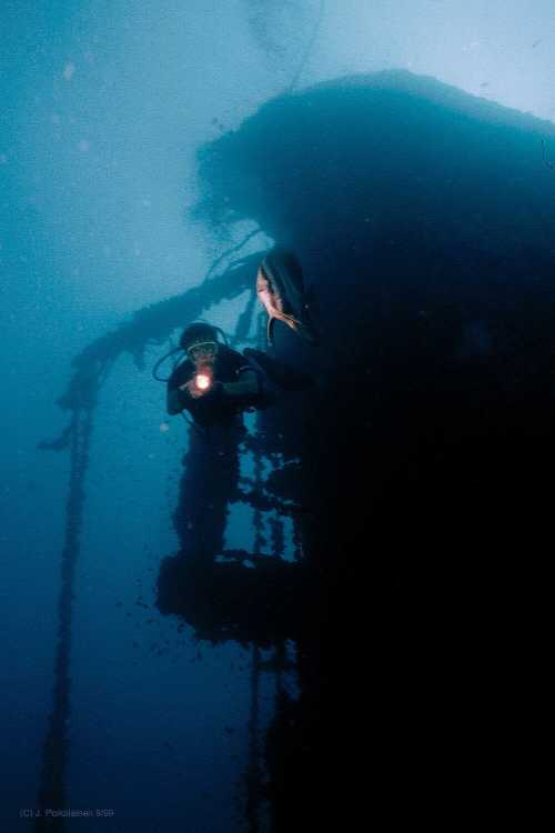 Thailands Most Famous shipwreck the Vertical Wreck, as she used to be. Click for Hi-res image 189Kb